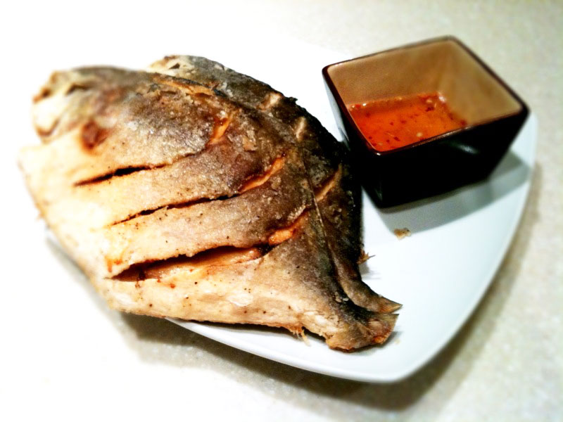 Fried fish with spicy fish sauce weeknite meals for Sauce for fried fish